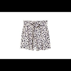 New with tags H&M Anna Glover high waisted shorts